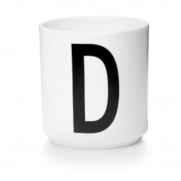 Tasse en porcelaine D